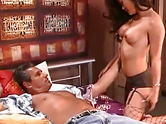 Seductive chick sucks rod