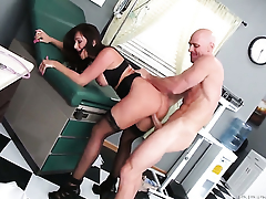 Destiny Dixon gets fucked by Johnny Sins the way she loves it