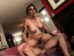 Granny's flimsy pussy feels to one's liking about his big cock painless she rides it